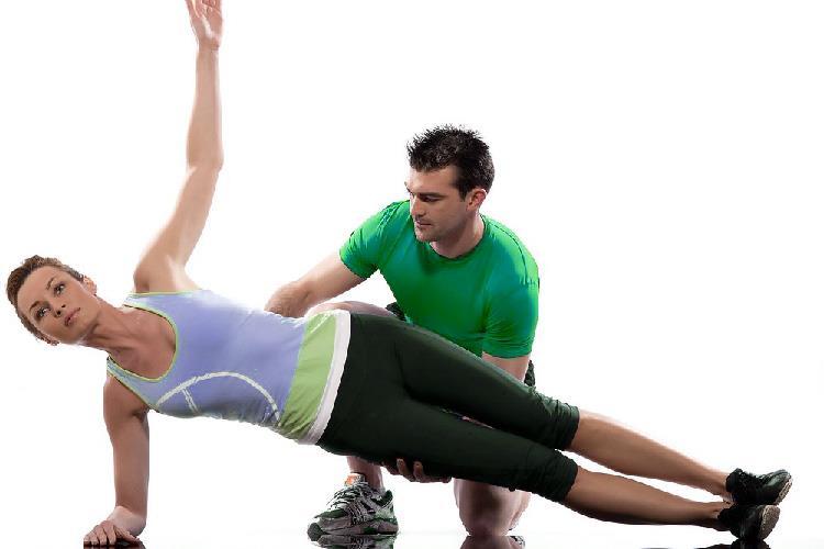 Консультант или тренер по фитнесу