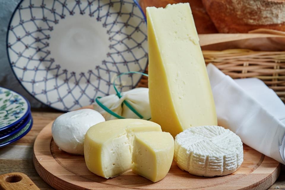 Выбор рецепта для домашнего сыроварения