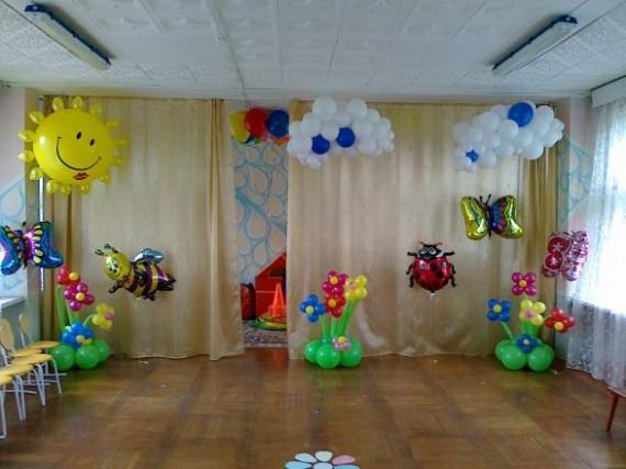 Зал, оформленный воздушными шарами