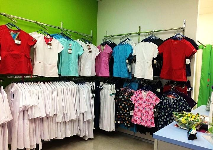 Магазин специализированной одежды в маленьком городе открывать рискованно