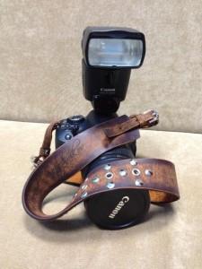 Кожаный ремешок для фотоаппарата