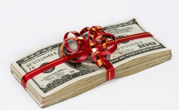 Деньги, красно-золотистая подарочная лента