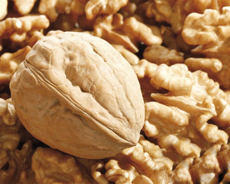 Красивый орех
