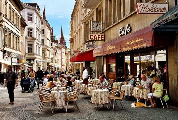 Небольшое кафе в Европе можно купить за 60-90 тысяч евро
