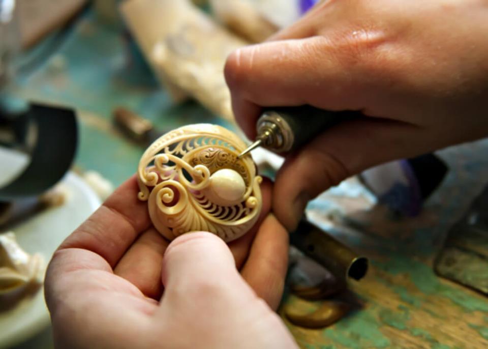 Изготовление декоративных изделий из кости