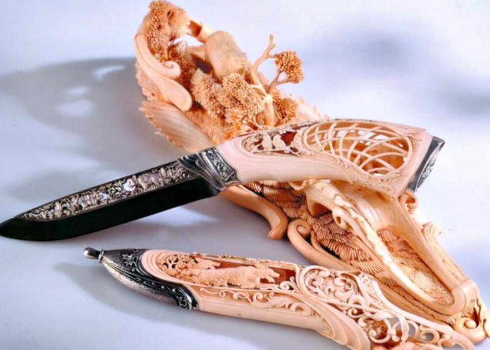 Декоративные изделия из кости