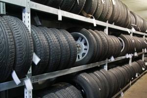 Как заработать на хранении шин у себя в гараже?