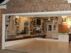 Слесарная мастерская в гараже