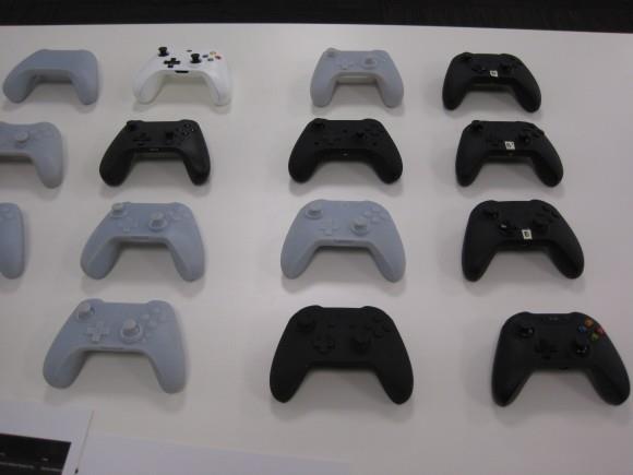 Компания Мicrosoft перебрала сотни прототипов контроллера для Xbox One