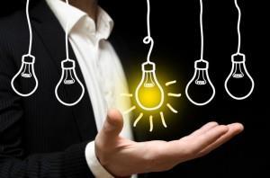 Рисунок, на котором мужчина и несколько лампочек