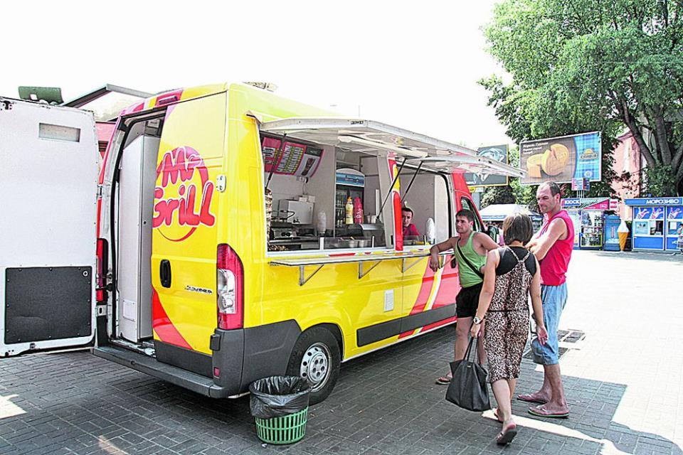 Идеи для бизнеса на колёсах: кафе или столовая