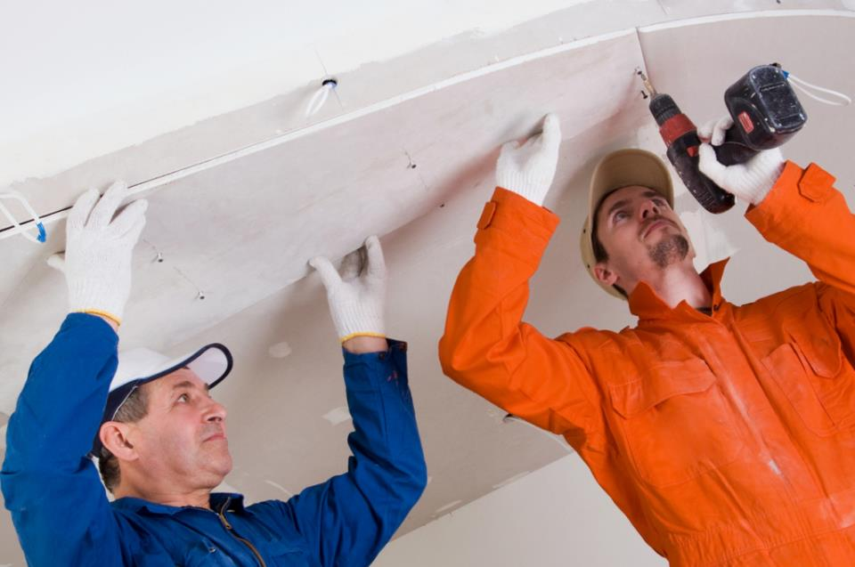 персонал для производства натяжных потолков