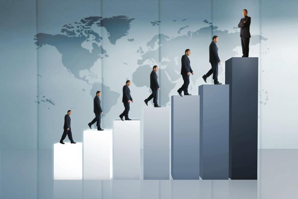Люди на лестнице
