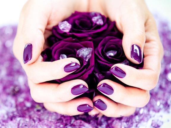 Фиолетовые ногти!