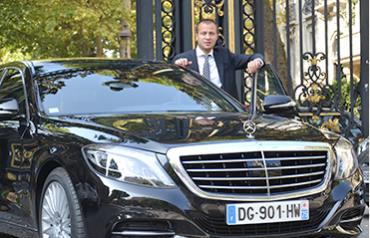 Аренда автомобиля с водителем в Париже