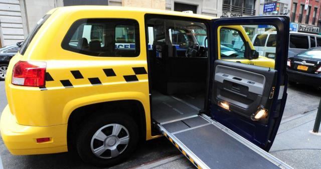 В таксопарке существуют также автомобили для колясочников